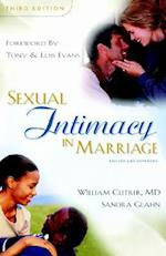Sexual Intimacy in Marriage af William Cutrer