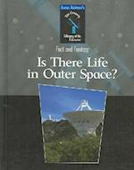 Is There Life in Outer Space? af Isaac Asimov, Richard Hantula