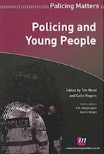 Policing and Young People af Tim Read, Colin Rogers