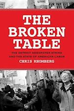 The Broken Table af Chris Rhomberg