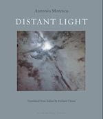 Distant Light af Antonio Moresco