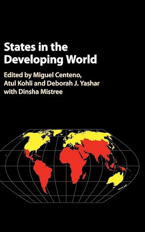 Bog, hardback States in the Developing World af Miguel A. Centeno