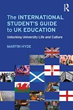 International Student's Guide to UK Education af Martin Hyde