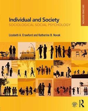 Bog, paperback Individual and Society af Lizabeth Crawford