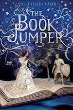 The Book Jumper af Mechthild Glaser