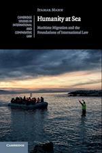 Humanity at Sea af Itamar Mann