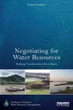 Negotiating for Water Resources af Andrea Haefner