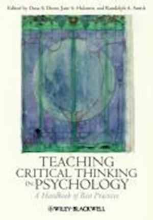 Bog, paperback Teaching Critical Thinking in Psychology af Jane S Halonen, Randolph A Smith