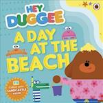 Hey Duggee: A Day at The Beach (Hey Duggee)
