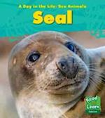 Seal (Young Explorer: A Day in the Life: Sea Animals)