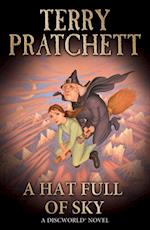 Hat Full of Sky (Discworld Novels)