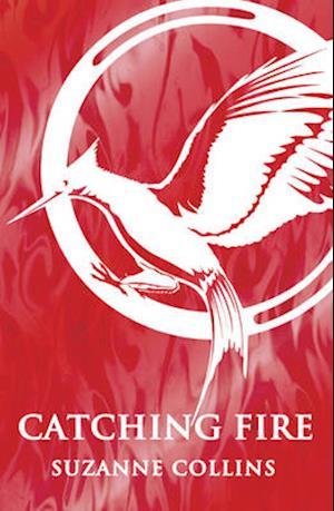 Bog paperback Catching Fire af Suzanne Collins