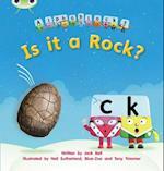 Is it a Rock? af Jack Bell