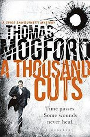 Bog, paperback A Thousand Cuts af Thomas Mogford