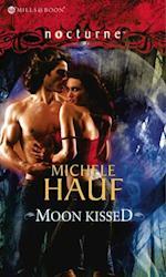 Moon Kissed af Michele Hauf