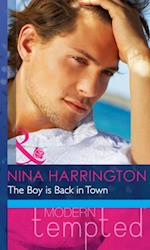 Boy is Back in Town (Mills & Boon Modern Heat)