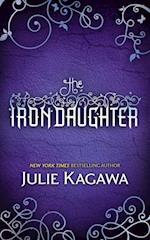 Iron Daughter (The Iron Fey, Book 2) af Julie Kagawa