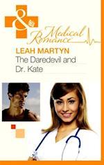 Daredevil and Dr Kate af Leah Martyn
