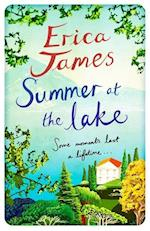 Summer at the Lake af Erica James