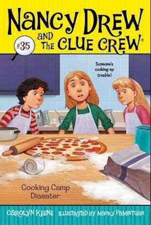 Bog, paperback Cooking Camp Disaster af Carolyn Keene
