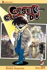 Case Closed 37 (Case Closed (Graphic Novels))