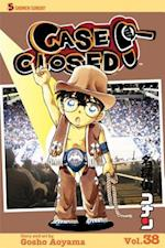 Case Closed 38 (Case Closed (Graphic Novels))