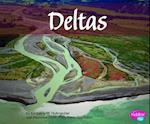 Deltas (Pebble Plus: Natural Wonders)