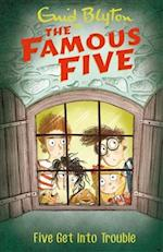 Five Get into Trouble (The Famous Five, nr. 8)
