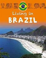 North & South America: Brazil (Living in... Series, nr. 8)