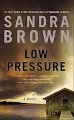 Low Pressure af Sandra Brown