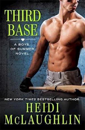 Bog, paperback Third Base af Heidi Mclaughlin