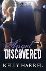 Angel Discovered af Kelly Harrel