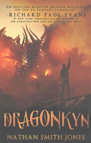 Bog, paperback Dragonkyn af Nathan Smith Jones