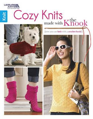 Bog, paperback Cozy Knits Made with the Knook af Leisure Arts