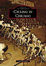 Cycling in Chicago (Images of America)