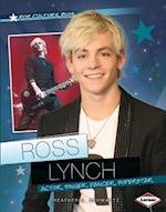 Ross Lynch af Heather E. Schwartz