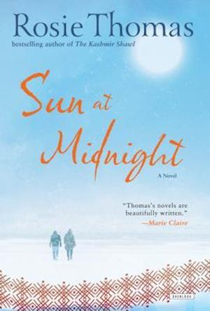 Bog, hardback Sun at Midnight af Rosie Thomas