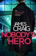 Nobody's Hero (Inspector Carlyle, nr. 9)
