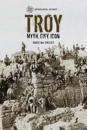 Bog, hardback Troy af Naoise MAC Sweeney