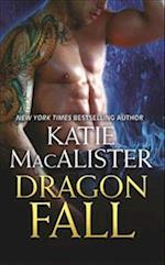 Dragon Fall af Katie Macalister