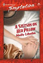Stetson On Her Pillow af Molly Liholm