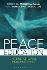 Peace Education af Monisha Bajaj