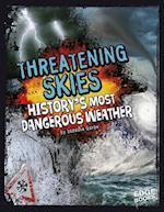 Threatening Skies! af Suzanne Garbe