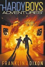 Deception on the Set (Hardy Boys Adventures)