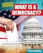 What Is a Democracy? af Robyn Hardyman