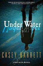 Under Water af Casey Barrett