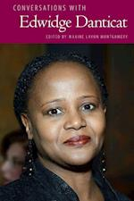 Conversations with Edwidge Danticat (LITERARY CONVERSATIONS SERIES)