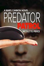Predator Patrol af Nicolette Pierce