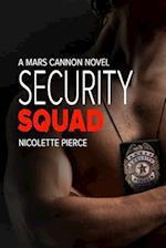 Security Squad af Nicolette Pierce