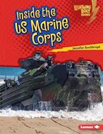 Inside the US Marine Corps (Lightning Bolt Books Us Armed Forces)